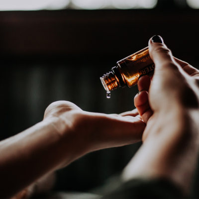 aroma oil hands